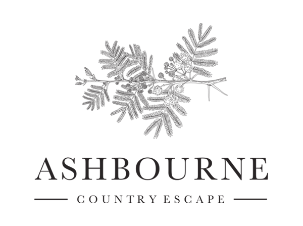 Ashbourne is nestled amongst thick indigenous forest, high on a hilltop overlooking the sunrise and Kruger National Park as well as the sunset and the Sabi River Valley.