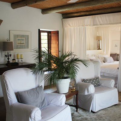 Room 5 - Balcony Suite